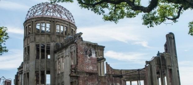 Genbaku Domu o Cúpula de la bomba, una de las pocas estructuras que resistió el bombardeo en Hiroshima.