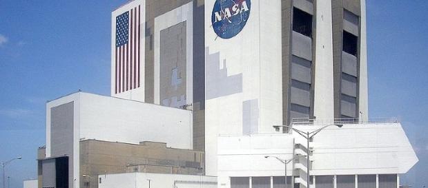 The NASA office image | MrMiscellanious | Wikimedia