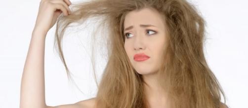 Algunas mujeres paceden la caída del cabello.