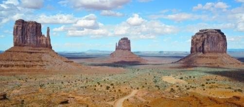 An Arizona man struggled to survive in the desert after is SUV broke down [Image: Pixabay/CC0]