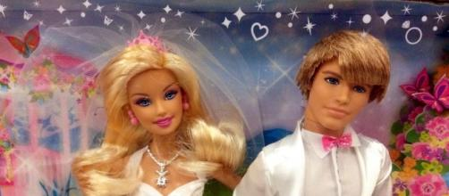 Barbie and Ken Doll Mike Mozart via Flickr