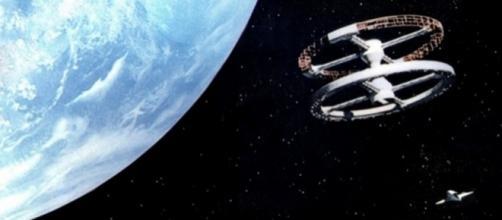 Cena do filme ''2001: Uma Odisseia no Espaço'', baseado na obra de Arthur C. Clarke