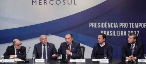 """El presidente del grupo, el ministro Aloysio Nunes, exige a Venezuela """"restaurar el orden democrático""""."""