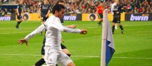 Mercato: Juventus su Garay, doppio colpo per l'Inter, il Milan pensa a Falcao.