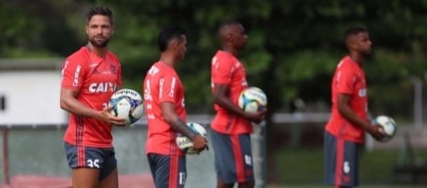 Elenco do Flamengo deve perder mais um jogador