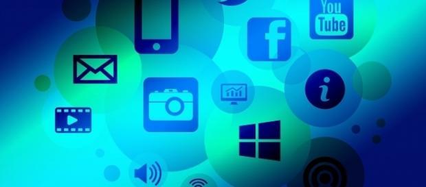 Internet, social media, technology - free illustration via Pixabay