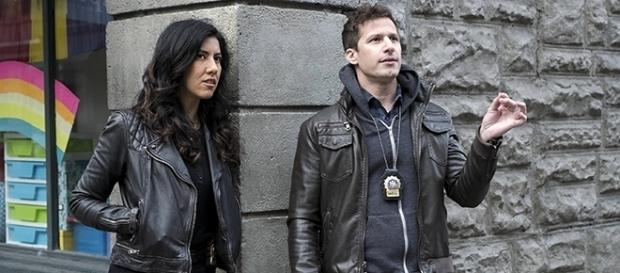 Viewers will get to see what really happened after Jake and Rosa were framed in last season's finale. [Image source: Youtube Screen grab]