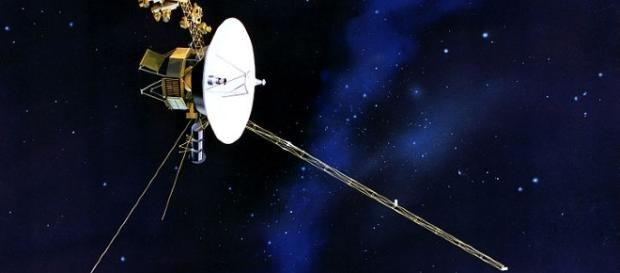 Voyagers exploring space   NASA/JPL   Wikimedia