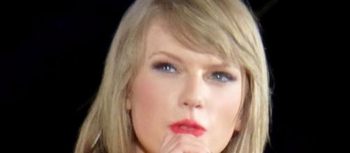 Swift's attorney says radio host is in it for the money. [Image via Wikimedia Commons]