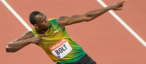 Usain Bolt's signature 'To the World' salute, as performed back in 2013. / from 'Wikipedia' - wikipedia.org