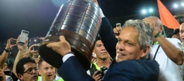 O contrato do técnico pode ter uma cláusula, que, em caso da seleção colombiana tenha interesse, ele possa ter a saída facilitada. (Foto: Google)