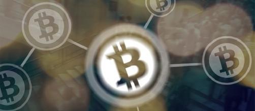 Bitcoin Credits:pixbay https://pixabay.com/en/bitcoin-coin-finance-bit-coin-2345879/