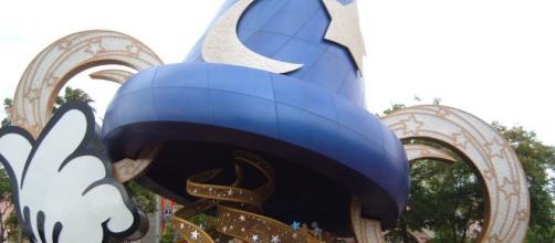 Mickey's sorcerer hat | mrkathika | Flickr