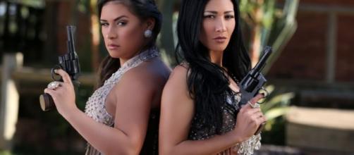 Simone e Simaria apostaram na temática de faroeste para o clipe de 'Regime Fechado'.