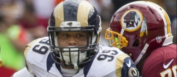 Aaron Donald - Rams at Redskins 9/20/15 by Keith Allison via Wikimedia Commons