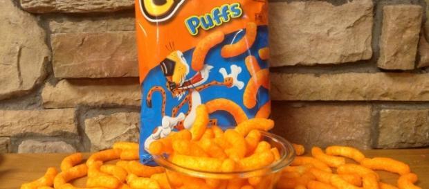 Cheetos snack / Photo via Mike Mozart, Flickr