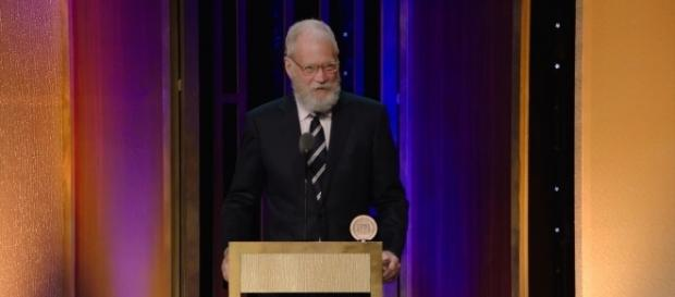 David Letterman will return from retirement to host a Netflix talk show. / from [Youtube screenshot]