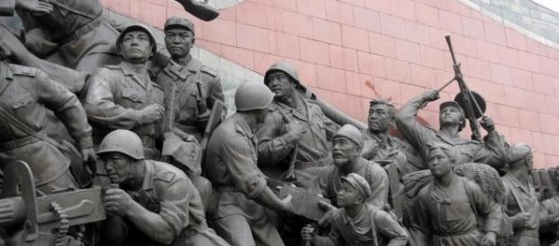 Patriotic statues of war in North Korea. / [Image by Stefan Krasowski via Flickr, CC BY 2.0]