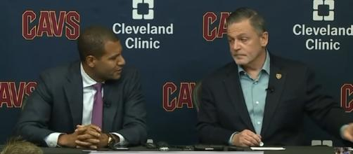 Dan Gilbert and Koby Altman during a press conference (c) https://www.youtube.com/channel/UCBFQHE6Ws0xGM3LP1smao3A