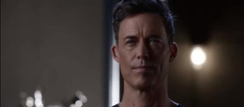"Earth 2 Harrison Wells returns in ""The Flash"" season 4. [Image via YouTube/Flash Rahbbit]"