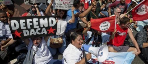 Más de 800.000 inmigrantes serán perjudicados por la decisión. (vía web - elespanol.com)