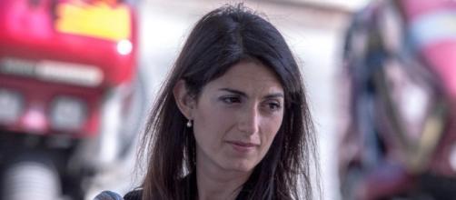 Migranti, Raggi: sbaglia il Governo, fatto mio dovere - Radio Colonna - radiocolonna.it