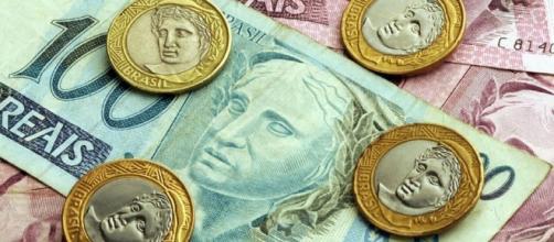 PIB brasileiro volta a crescer