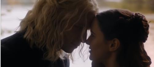"Rhaegar Targaryen and Lyanna Stark, Jon Snow's real parents, in ""Game of Thrones."" (Photo:YouTube/Ice & Fire Reviews)"