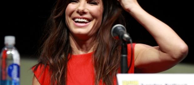 Sandra Bullock donates money - Image Gage Skidmore | CC X 2.0 | Fickr