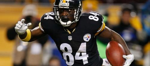 Antonio Brown wants Pittsburgh Steelers wins, not personal records- Photo: YouTube (screencap)
