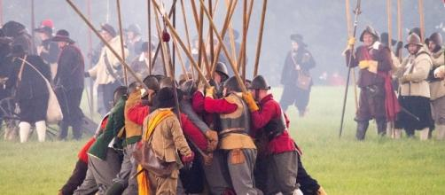 British army has an ancient history, Photo-pixabay.com/en/battle-soldier-artillery-weapon-1724517/