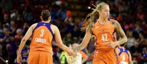 Diana Taurasi and Brittney Griner will go for the road upset against Connecticut in Sunday's WNBA playoff game. [Image via WNBA/YouTube]