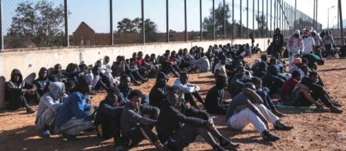Libia, i centri-lager che imprigionano i migranti - l'Espresso - repubblica.it