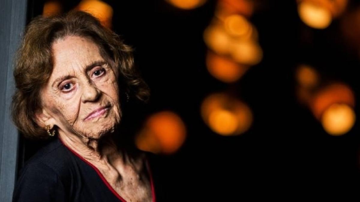 Laura Cardoso celebra seus 90 anos