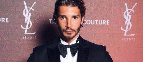 Gossip: Stefano De Martino sfila 'da single' a Venezia, e Gilda?