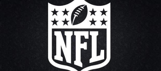 2009 NFL Black Logo [Image by Michael Tipton Flickr  Cropped   CC BY-SA 2.0 ]