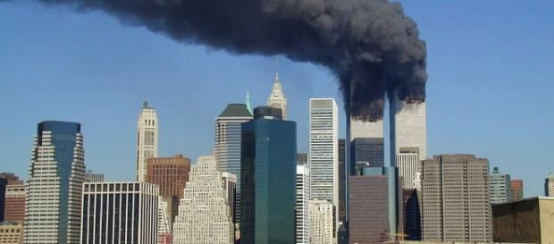 9/11 Twin Towers Image - Michael Foran CC BY 2.0 | Wikimedia Commons
