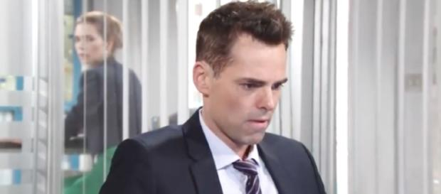 BIlly needs to choose Victoria or Phyllis. [Image via YouTube/LaureneB82]