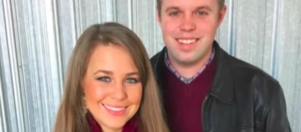 Jana Duggar and her twin, John David--Image by YouTube/The Fame