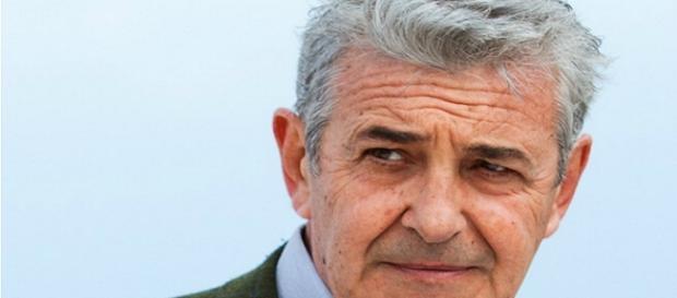 Un posto al sole, trame dal 18 al 22 settembre: Renato aiuta Franco?
