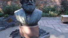 Educação, economia e sociedade em Karl Marx