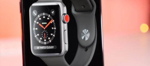Apple Watch Series 3 gets accidentally listed online- 9To5Mac/YouTube screenshot