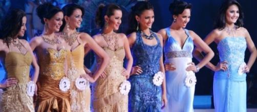Beauty pageant, Image Credit: Paul Chin / Wikimedia