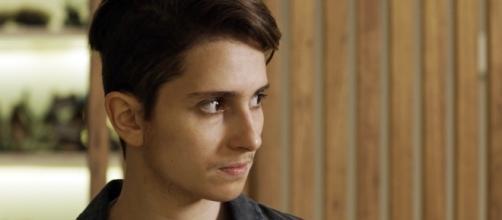 Ivana, agora como Ivan, na novela de Glória Perez