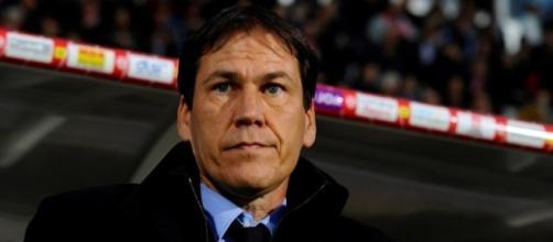 La stratégie de Rudi Garcia parait bien obscures aux supporters, aux joueurs et aux adversaires de l'OM... - bfmtv.com