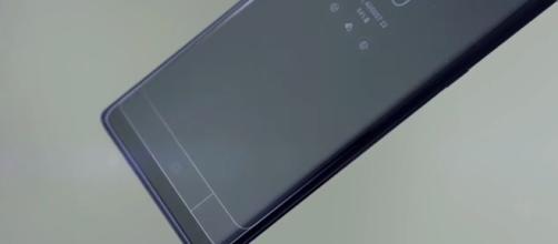 Samsung Galaxy S9. [Image via TechTalkTV/Youtube]