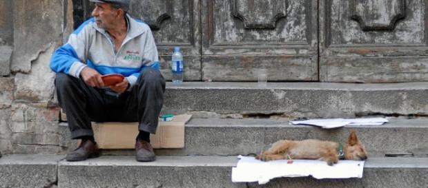 Reddito d'inclusione, via libera dal Governo: ecco chi potrà richiederlo e come fare