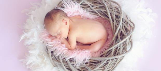 Sleeping, Baby - Image via Pixabay.