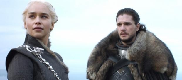 Un nouveau né Targaryen pourrait pointer le bout de son nez. (Crédits - HBO).