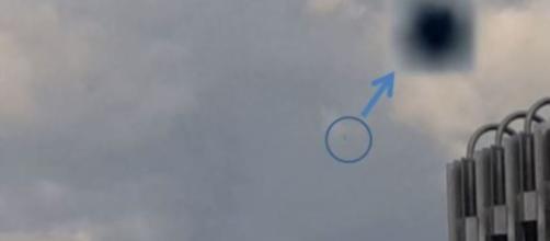 Fig. 3 In questo fermo immagine, sulla destra, vediamo il punto di riferimento di alcune strutture dell'azienda ivi insistente .